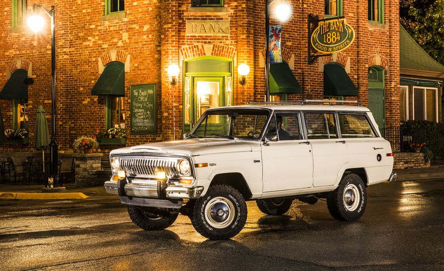 Nothing More, Nothing Less: Sweet Photos of Old Jeeps! - Slide 10