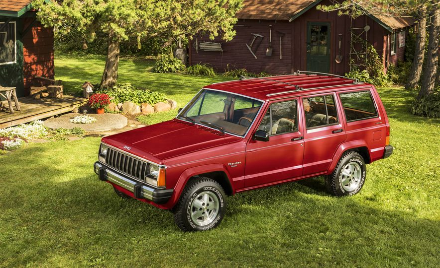 Nothing More, Nothing Less: Sweet Photos of Old Jeeps! - Slide 14