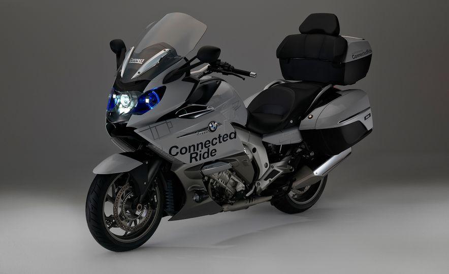BMW ConnectedRide motorcycle laser light - Slide 3