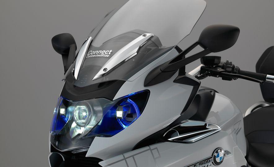 BMW ConnectedRide motorcycle laser light - Slide 5
