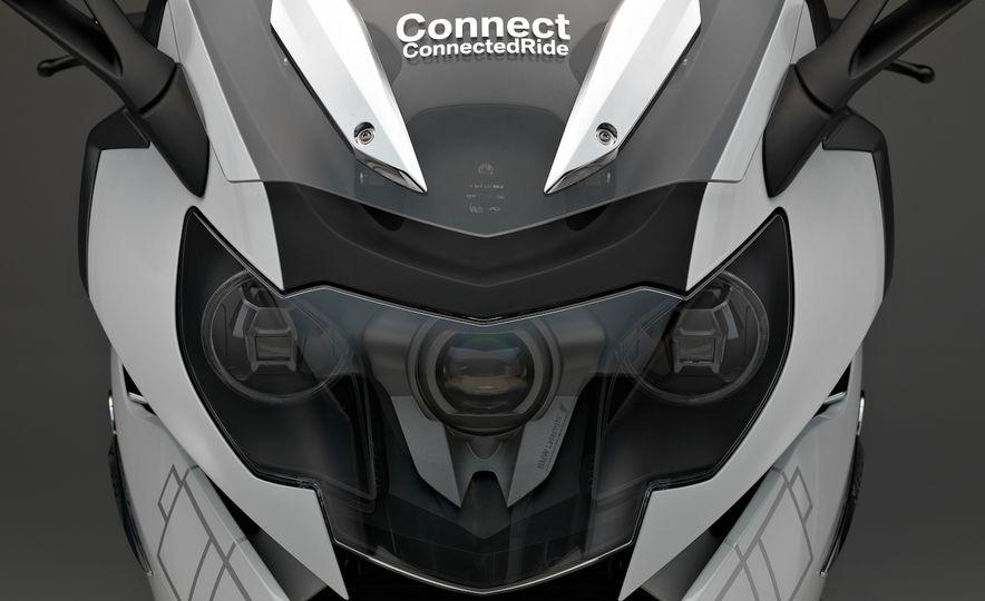 BMW ConnectedRide motorcycle laser light - Slide 7
