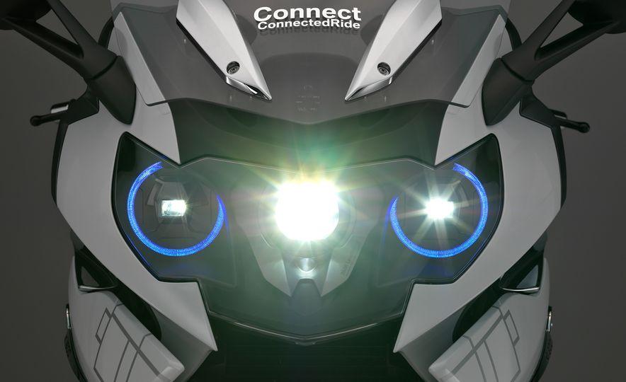 BMW ConnectedRide motorcycle laser light - Slide 9