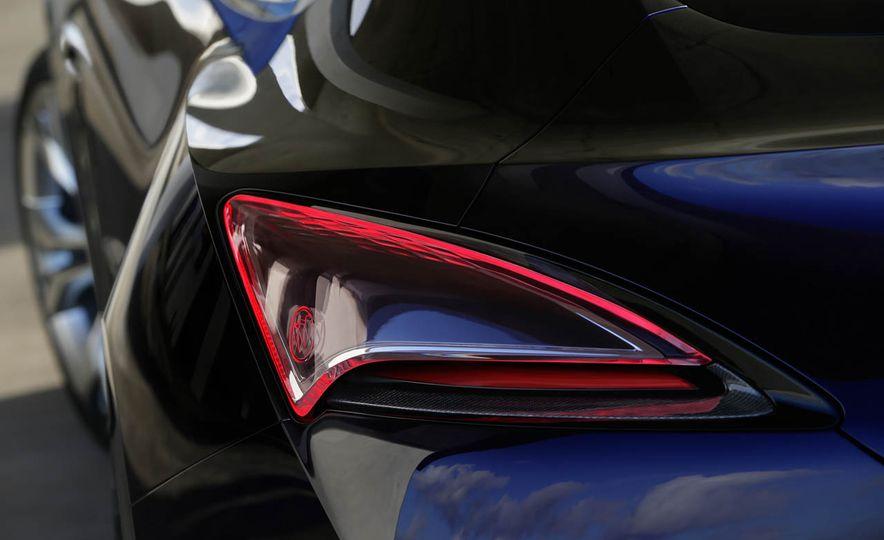 Buick Avista concept - Slide 19