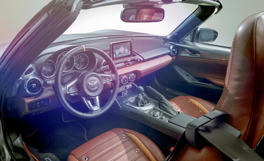 Mazda Miata Spyder concept and Mazda Miata Speedster concept - Slide 10