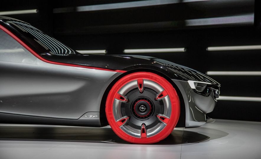 Opel GT concept - Slide 13