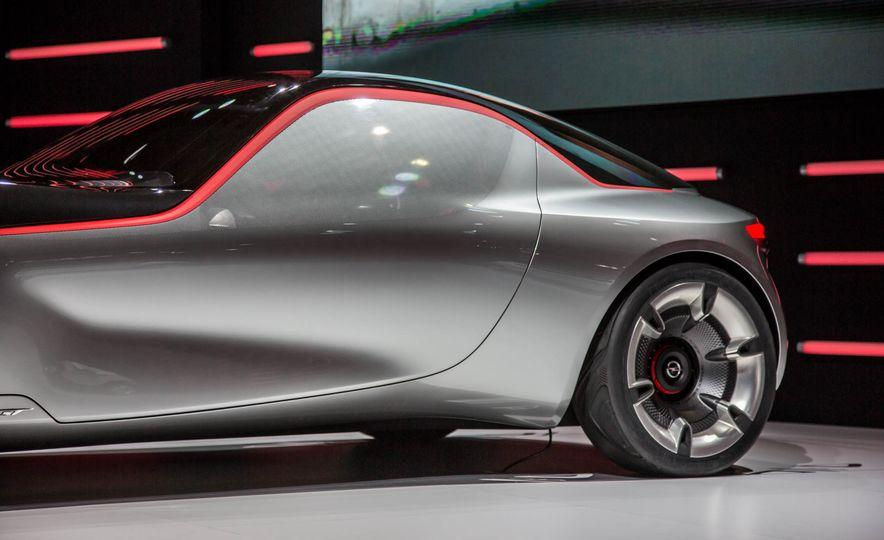 Opel GT concept - Slide 17