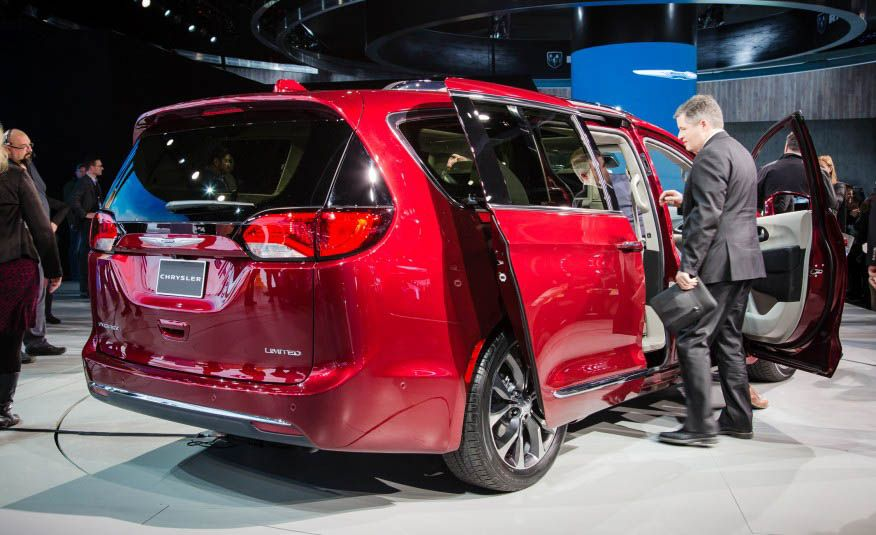 The 12 Cars You Must See from the 2016 Detroit Auto Show - Slide 11