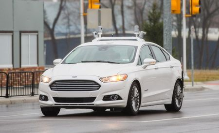 Ford to Debut Traffic Jam Assist, Fully Autonomous Car in Four Years