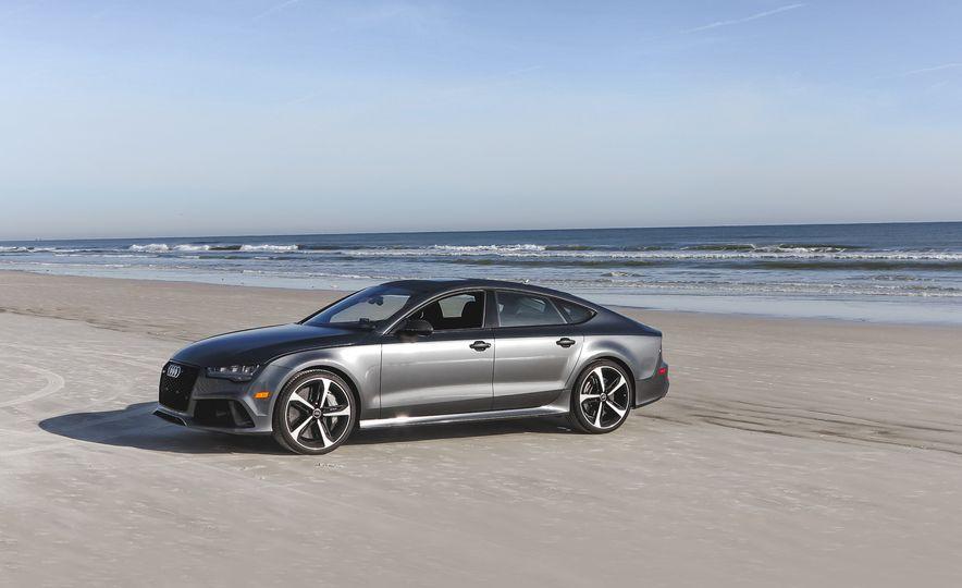 2016 Audi RS7 Performance - Slide 1
