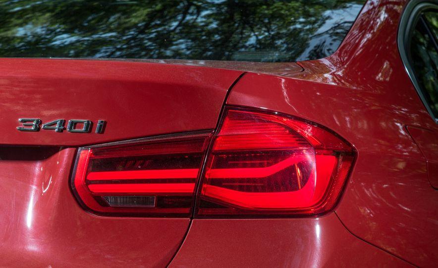 2016 BMW 340i - Slide 9