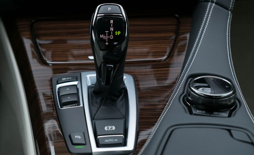 2016 BMW 640i convertible - Slide 17