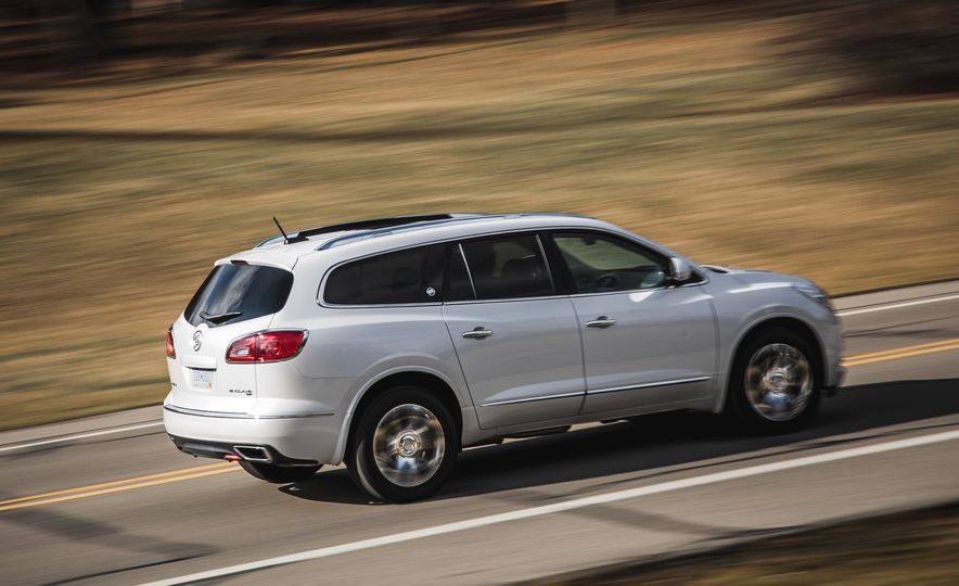 2016 Buick Enclave AWD - Slide 9