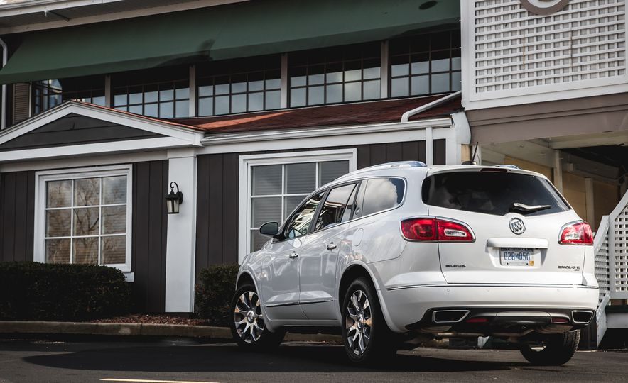 2016 Buick Enclave AWD - Slide 15