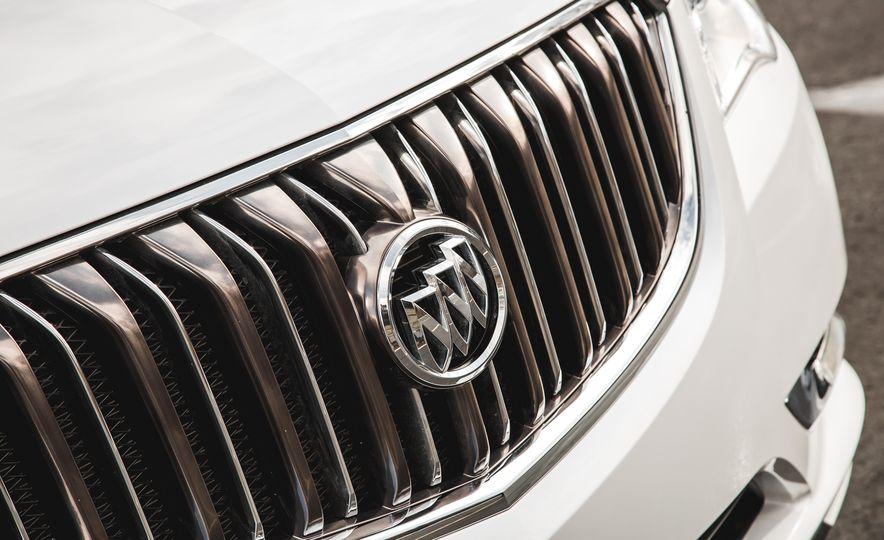 2016 Buick Enclave AWD - Slide 19