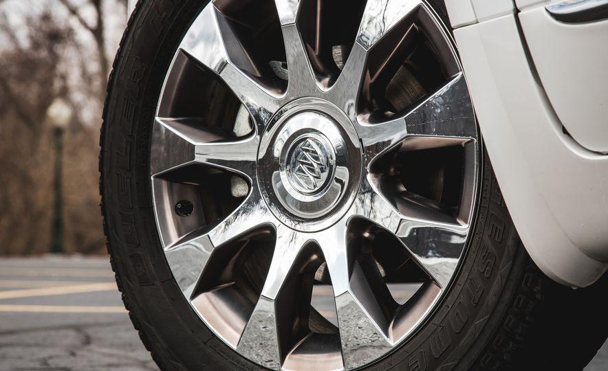 2016 Buick Enclave AWD - Slide 22