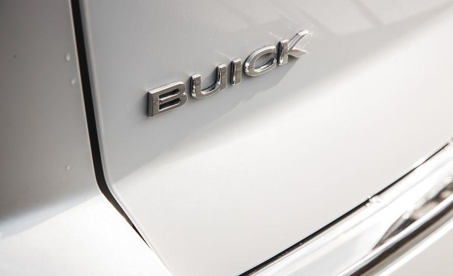2016 Buick Enclave AWD - Slide 26