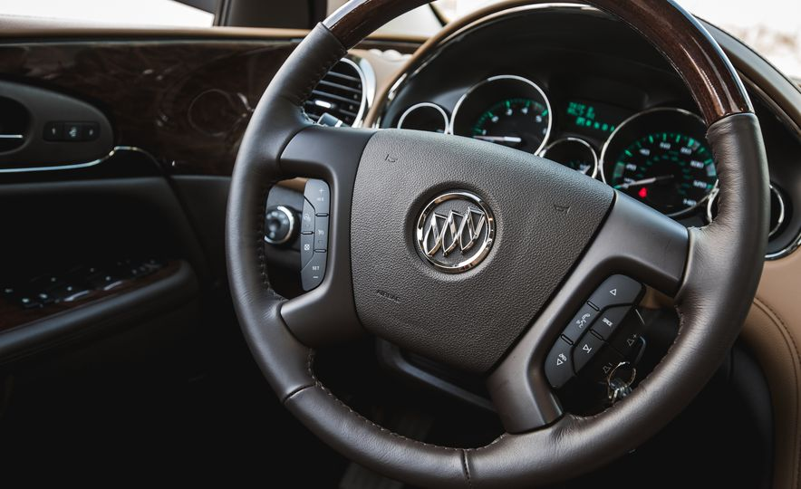 2016 Buick Enclave AWD - Slide 38