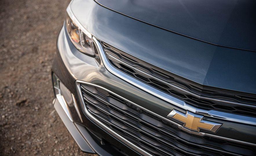 2016 Chevrolet Malibu LT 1.5T - Slide 17