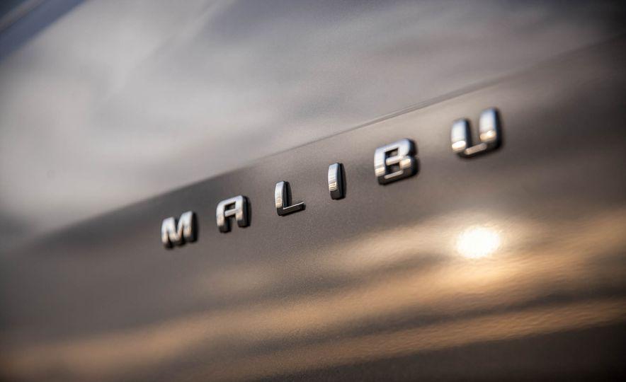 2016 Chevrolet Malibu LT 1.5T - Slide 20