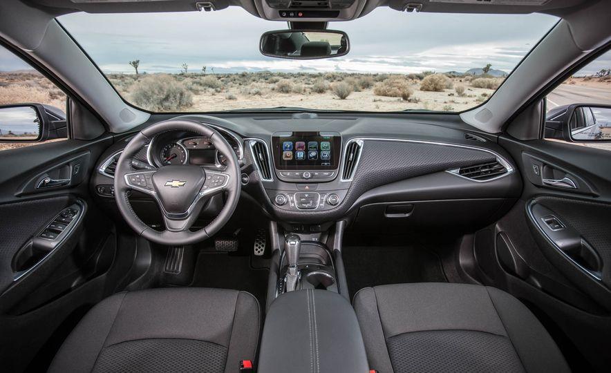 2016 Chevrolet Malibu LT 1.5T - Slide 21