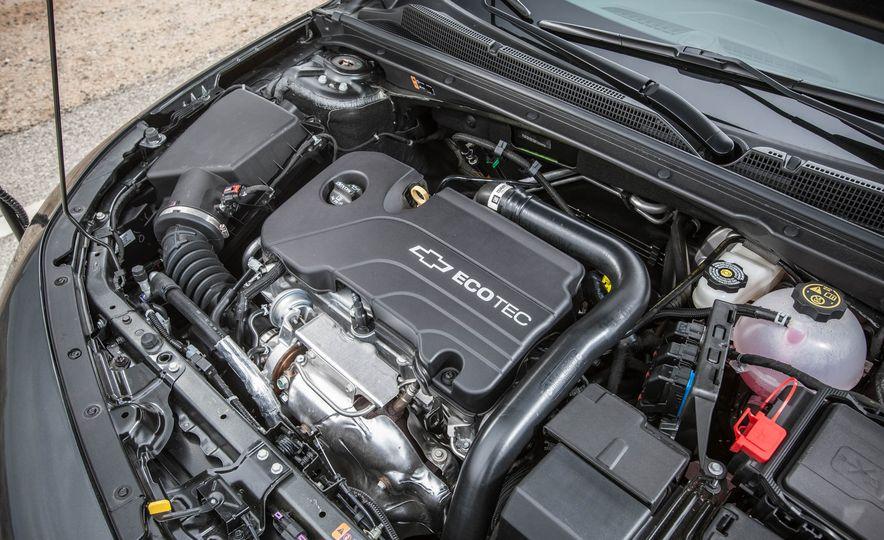 2016 Chevrolet Malibu LT 1.5T - Slide 26