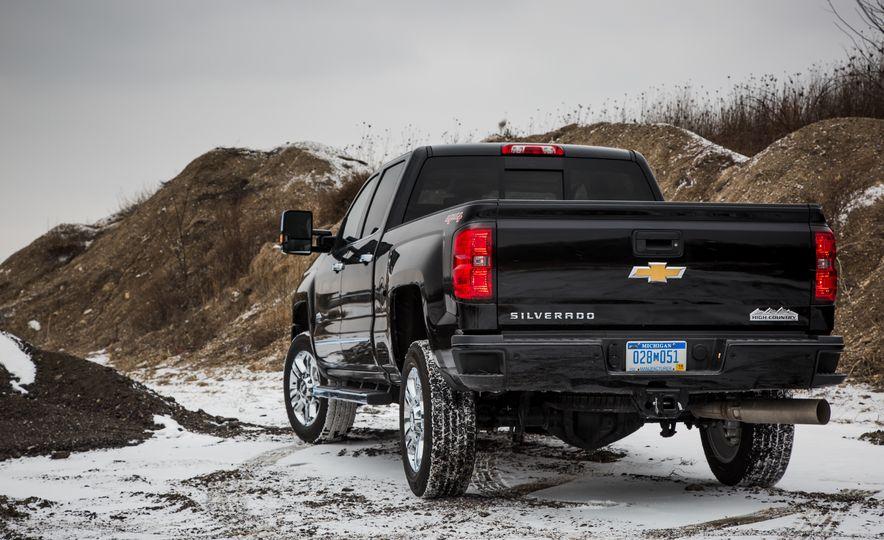 2016 Chevrolet Silverado 2500HD 4x4 High Country - Slide 17