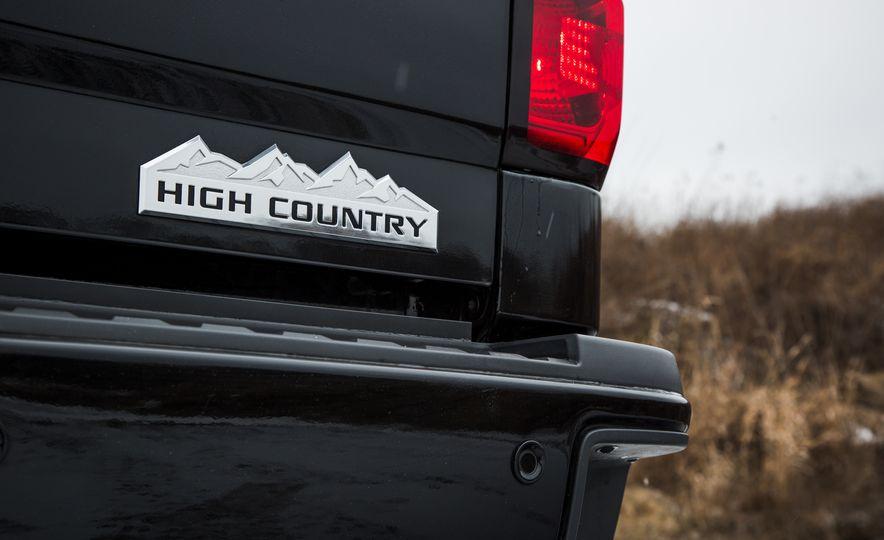 2016 Chevrolet Silverado 2500HD 4x4 High Country - Slide 28