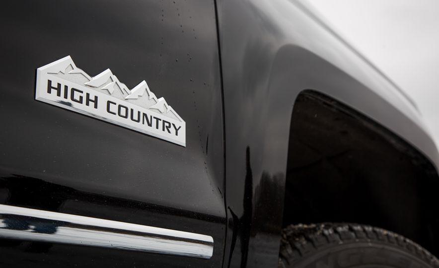 2016 Chevrolet Silverado 2500HD 4x4 High Country - Slide 32