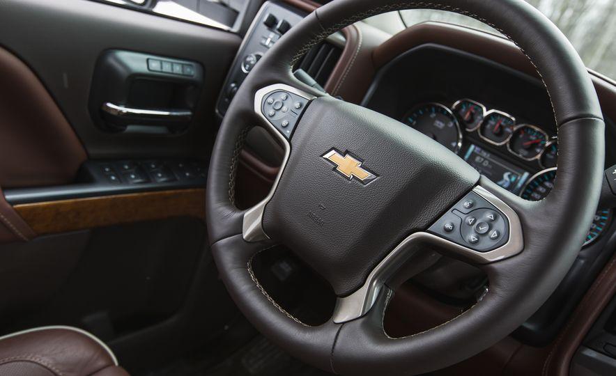 2016 Chevrolet Silverado 2500HD 4x4 High Country - Slide 45