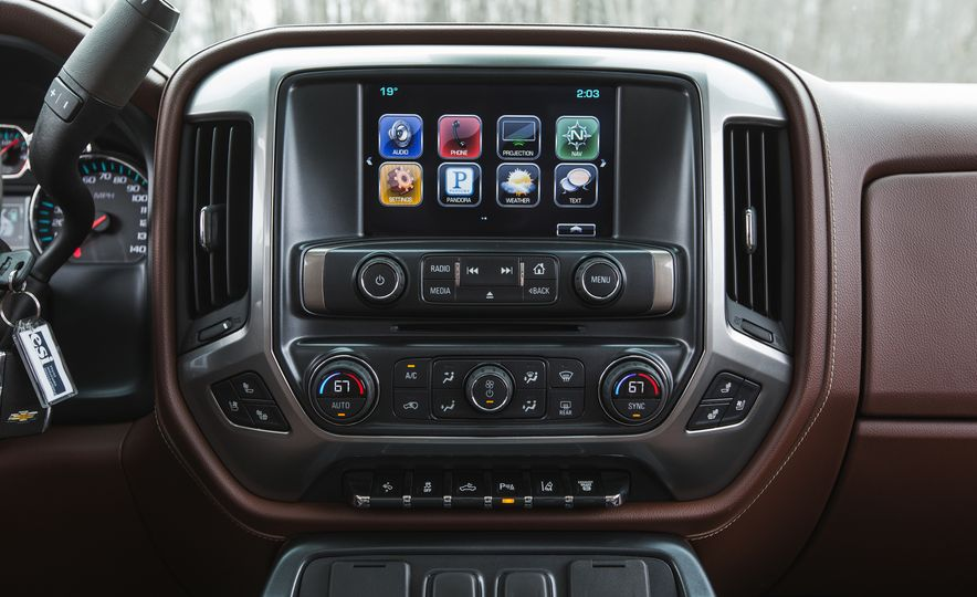 2016 Chevrolet Silverado 2500HD 4x4 High Country - Slide 46