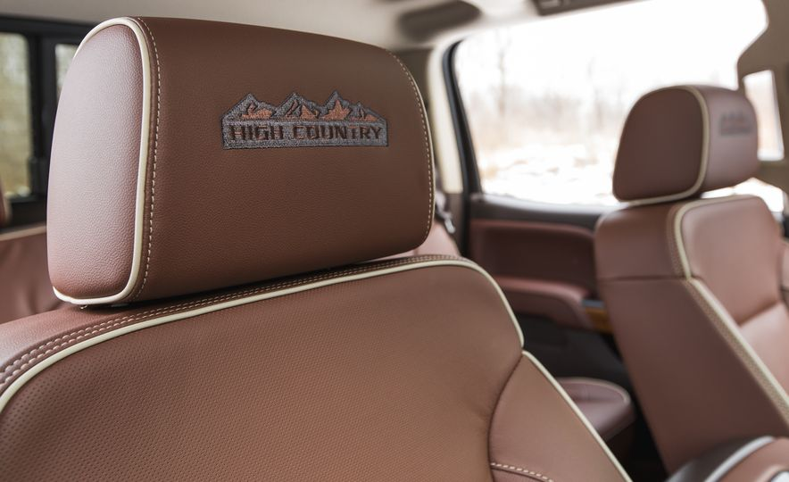 2016 Chevrolet Silverado 2500HD 4x4 High Country - Slide 48