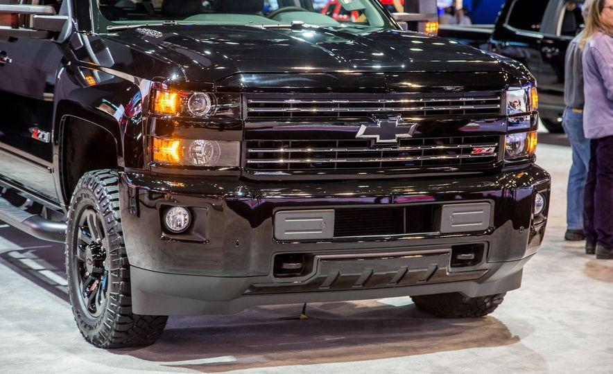 2016 Chevrolet Silverado 1500 Z71 Midnight Edition - Slide 28