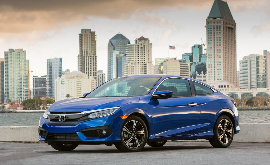 2016 Honda Civic coupe Touring - Slide 9