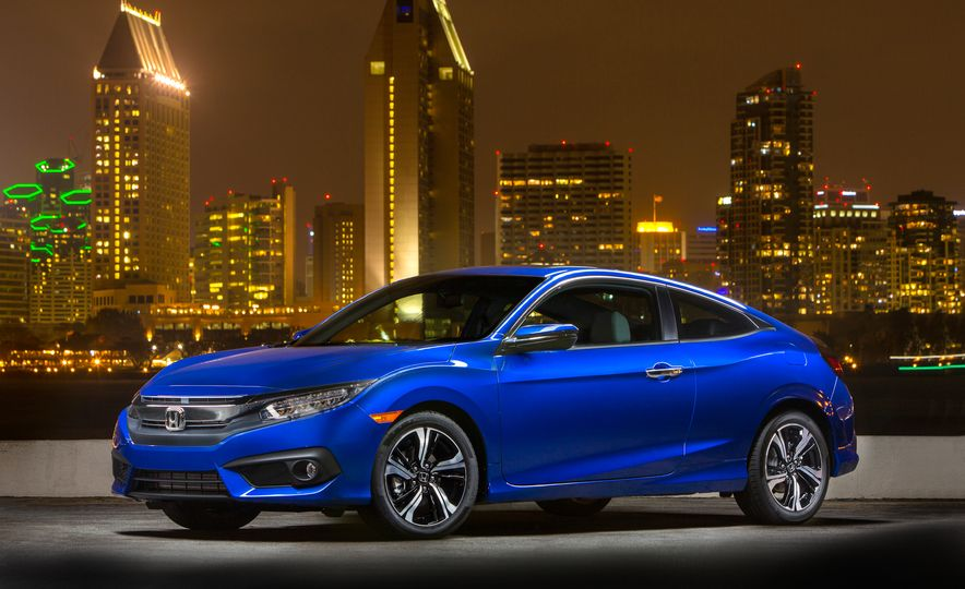 2016 Honda Civic coupe Touring - Slide 16