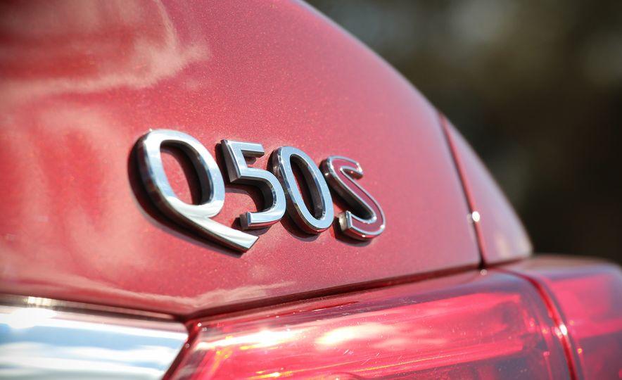 2016 Infiniti Q50S Red Sport 400s - Slide 10