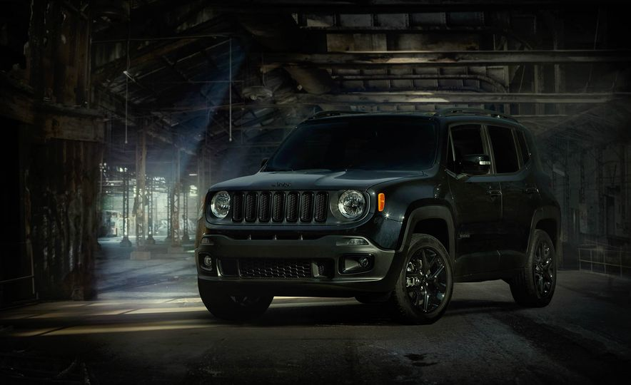 2016 Jeep Renegade Dawn of Justice Edition - Slide 1