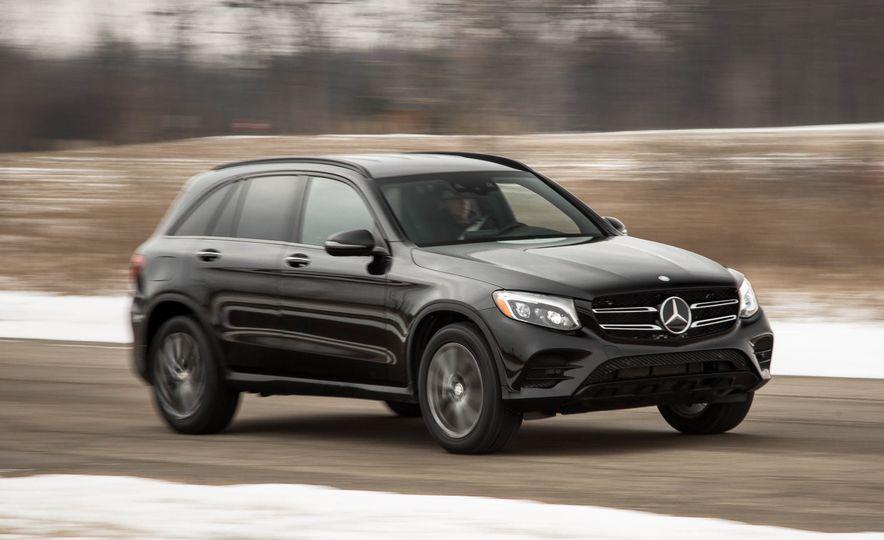 2016 Mercedes-Benz GLC300 4MATIC - Slide 41
