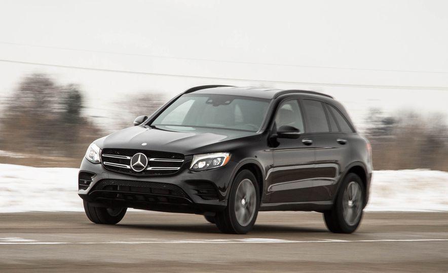 2016 Mercedes-Benz GLC300 4MATIC - Slide 43