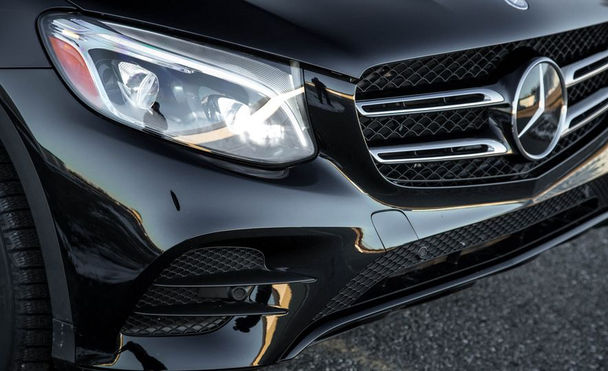 2016 Mercedes-Benz GLC300 4MATIC - Slide 52