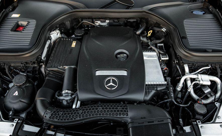 2016 Mercedes-Benz GLC300 4MATIC - Slide 81