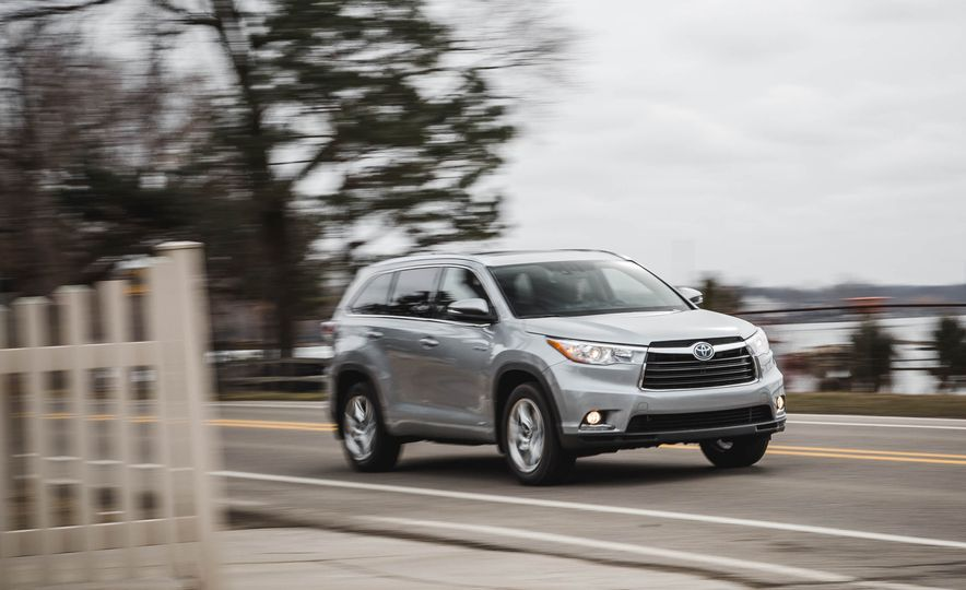 2016 Toyota Highlander hybrid Limited - Slide 1