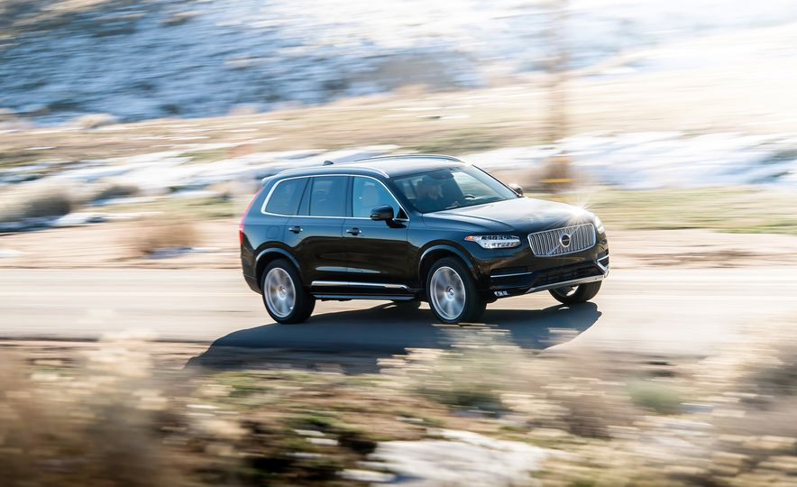 2016 Volvo XC90 T6 AWD Inscription, 2015 BMW X5 xDrive35i, 2015 Land Rover Range Rover Sport HSE, and 2017 Audi Q7 3.0T - Slide 33