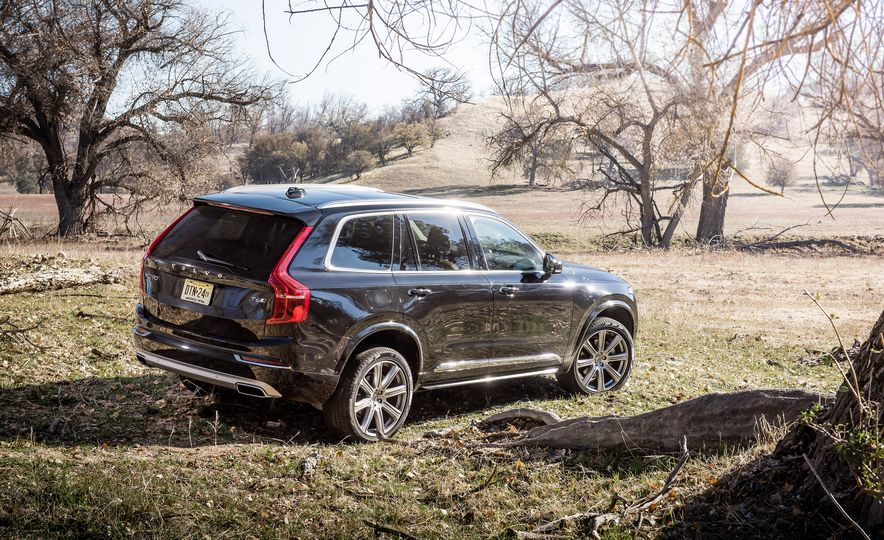 2016 Volvo XC90 T6 AWD Inscription, 2015 BMW X5 xDrive35i, 2015 Land Rover Range Rover Sport HSE, and 2017 Audi Q7 3.0T - Slide 34
