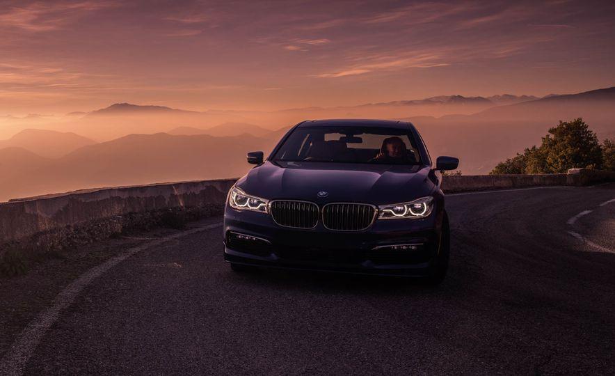 2017 BMW Alpina B7 xDrive - Slide 29