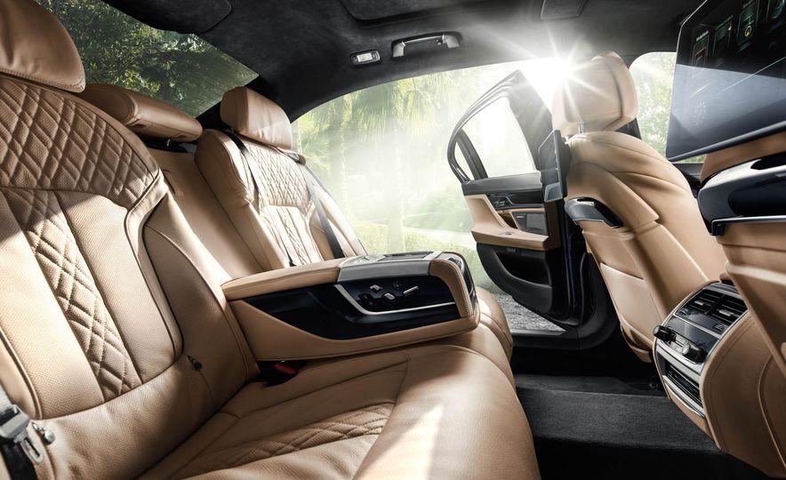 2017 BMW Alpina B7 xDrive - Slide 42