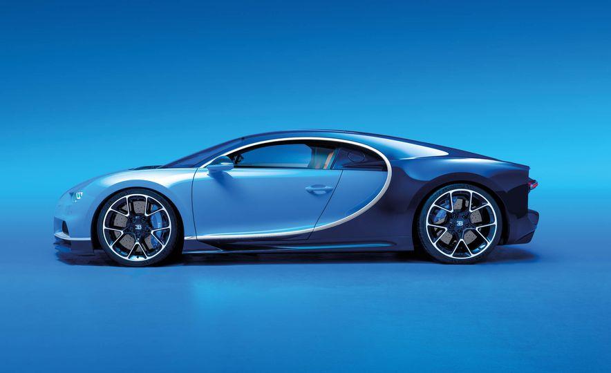 2017 Bugatti Chiron - Slide 25