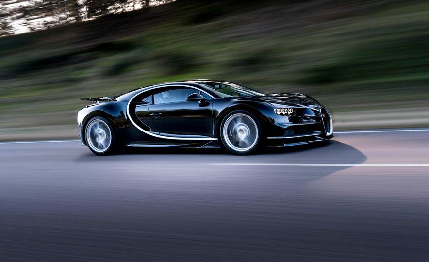 2017 Bugatti Chiron - Slide 16