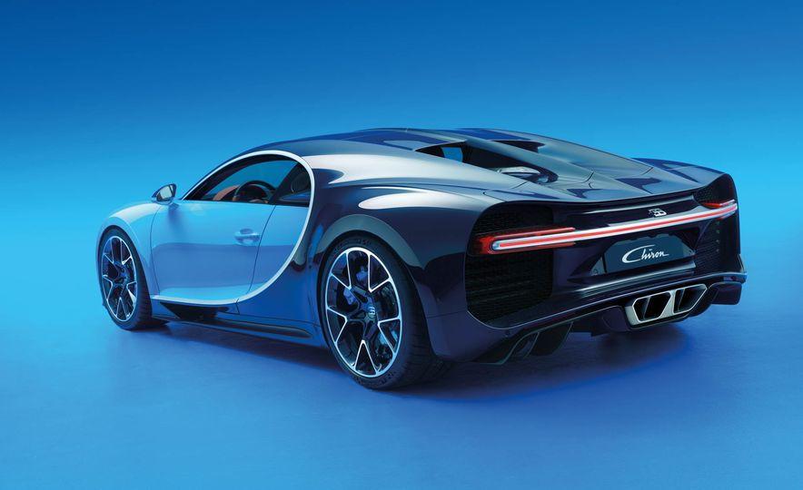 2017 Bugatti Chiron - Slide 26
