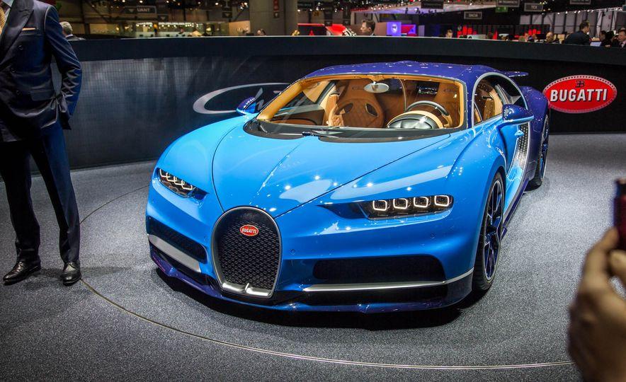 2017 Bugatti Chiron - Slide 7