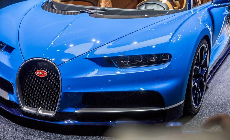 2017 Bugatti Chiron - Slide 8